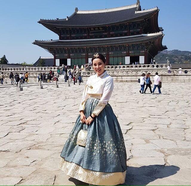 เปลี่ยนใจสักพัก! เอ๋-ภูวดี สวยย้อนวัยสวมชุดฮันบกตะลอนเกาหลี