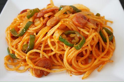 ขนมโตเกียวสำหรับคนญี่ปุ่น /Napolitan spaghetti  อาหารญี่ปุ่น ที่ไม่มีขายที่อิตาลี
