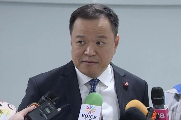 อนุทิน ชาญวีรกูล หัวหน้าพรรคภูมิใจไทย (แฟ้มภาพ)