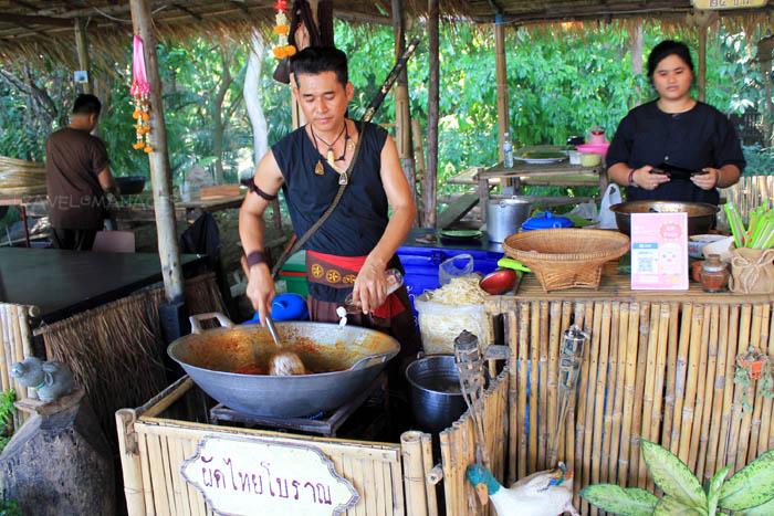 ผัดไทยฝีมือนักรบบางระจัน