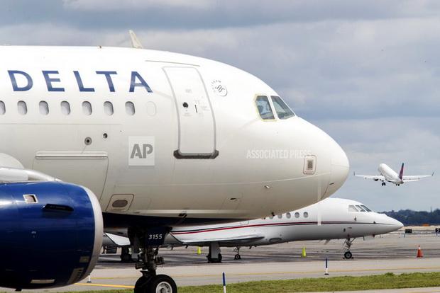 อึ้งเลย! เอาผลไม้เสิร์ฟบนเที่ยวบินใส่กระเป๋าเข้าสหรัฐฯ เสี่ยงเจอปรับ 15,000