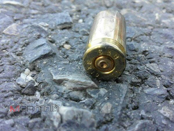 คนร้ายลอบยิงหนุ่มวัย 40 สาหัสขณะนอนภายในขนำที่สวนมะพร้าว