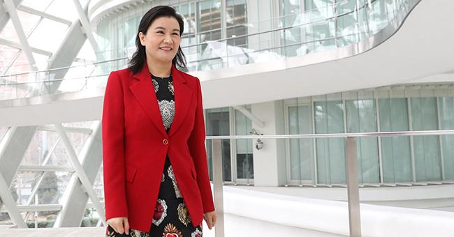 โจว ฉุนเฟย มหาเศรษฐินีอันดับ 1 ของจีน