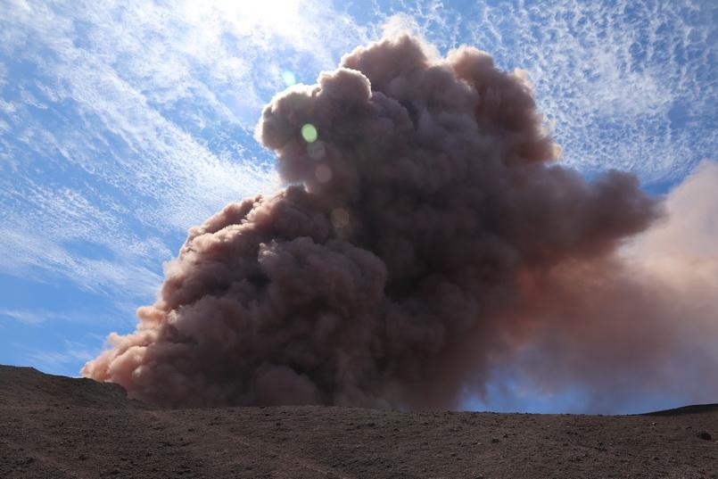 """ระทึก! ฮาวายเจอแผ่นดินไหว 6.9 ขณะที่ """"ภูเขาไฟคิลาเว"""" ยังพิโรธหนัก"""