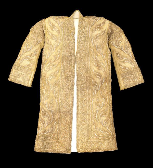 เสื้อคลุมปักทอง