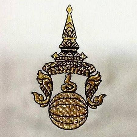 ตราพระมหามงกุฎ ที่ทีมชาติไทยเคยใช้