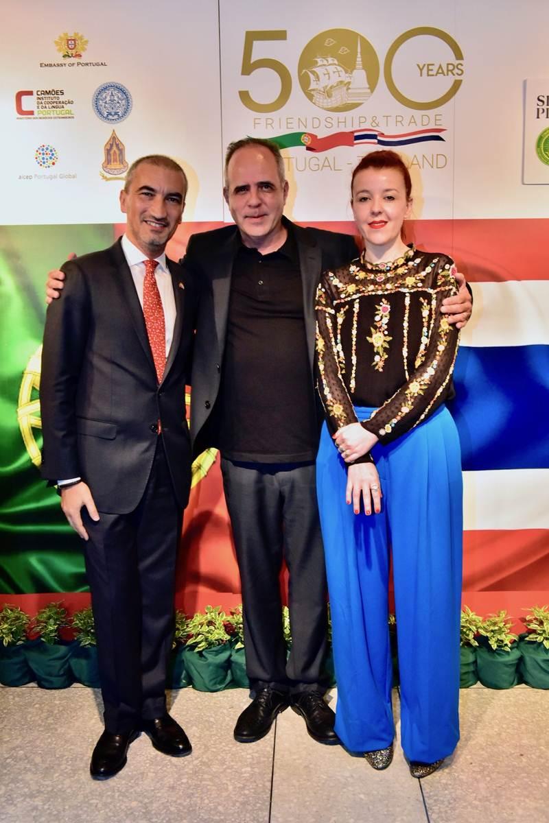 ฯพณฯ ฟรานซิสกู วาซ ปาตตู เอกอัครราชทูตโปรตุเกสประจำประเทศ, โรดิโก ลีโอ ศิลปินชาวโปรตุเกสชื่อดัง และมาเรีย มาดูเรย์รา
