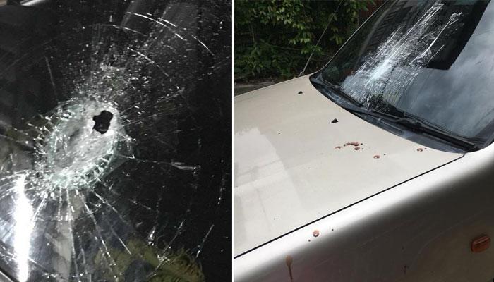 เตือนภัย ! มือดีขว้างขวดใส่กระจกหน้ารถแตกทะลุกลางสะพานปิ่นเกล้า เหยื่อโดนแก้วบาดแผลฉกรรจ์