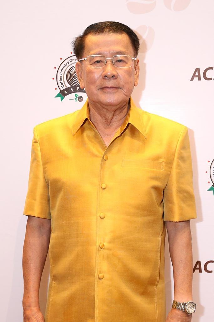 นายอนันต์ ดาโลดม นายกสมาคมพืชสวนแห่งประเทศไทย ในฐานะประธานคณะอำนวยการจัดประชุมการพัฒนาอุตสาหกรรมกาแฟในอาเซียน ครั้งที่ 1 หรือ ACID 2018
