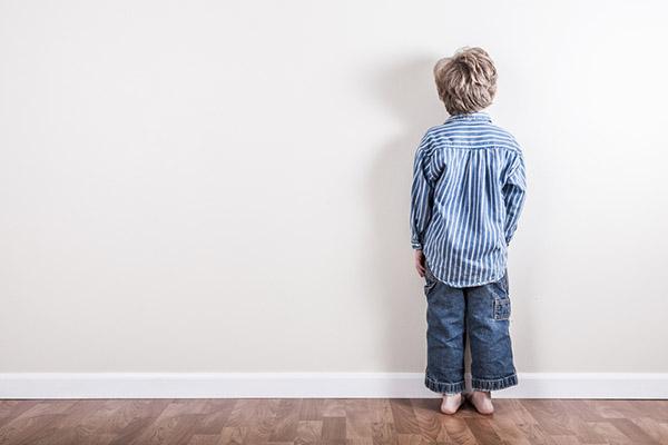 """สั่งลูก """"Time Out"""" ไม่ใช่การลงโทษ แต่ช่วยจัดการอารมณ์ได้ดีขึ้น"""