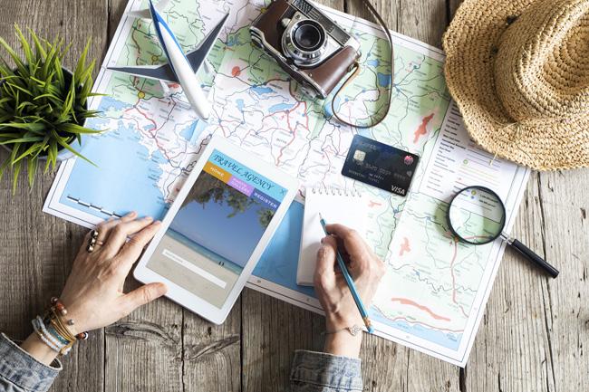 ขาเที่ยวต้องแฮปปี้! กรุงไทยให้เที่ยวอย่าง Live Smart ยิ่งขึ้นด้วย Travel Card ใบนี้