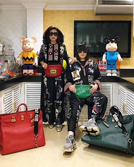 ลี - ภัทรพล พึ่งบุญพระ  แม่ลูกคู่แซ่บที่สุดในปฐพีแบรนด์เนมตั้งแต่หัวจรดเท้า วันนี้มาในธีม Gucci และเสื้อผ้าสวยๆ ของ Anchavika