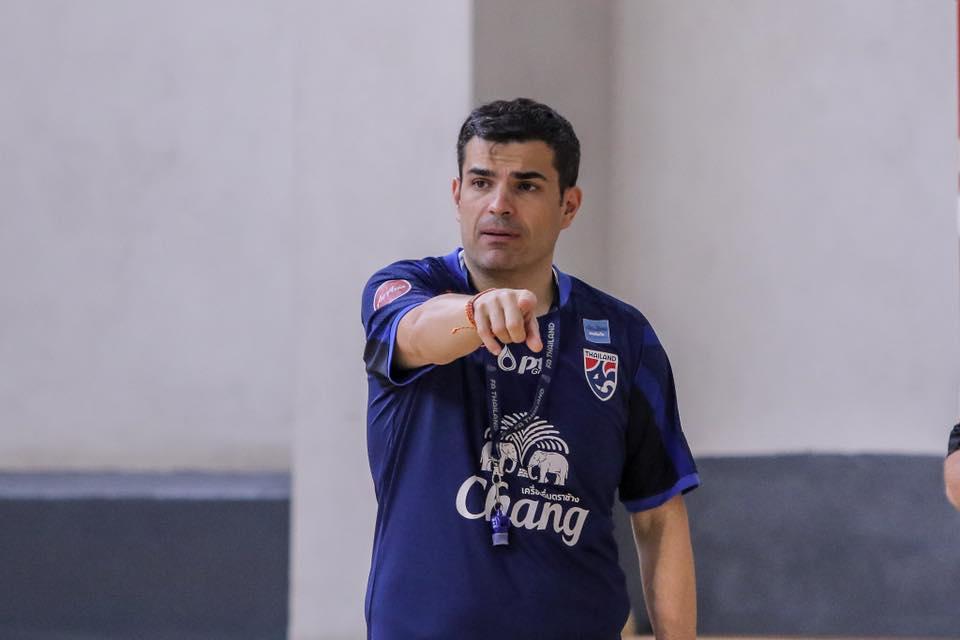 """""""ปูลปิส"""" แจงไร้แข้ง """"บลูเวฟ"""" ติดฟุตซอลทีมชาติไทย"""