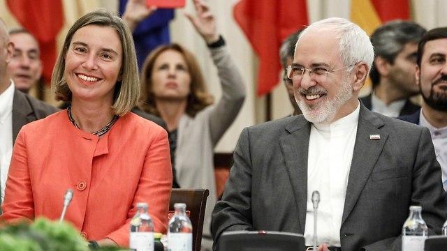 """อียุระบุ """"เสียใจอย่างยิ่ง"""" ที่สหรัฐฯ กลับมาคว่ำบาตรอิหร่านอีกครั้ง"""