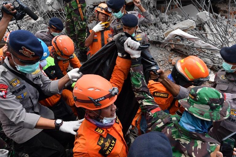 พุ่งขึ้นเป็น 131 คนที่เสียชีวิตจาก'แผ่นดินไหวลอมบ็อค'  ขณะผู้ไร้ที่อยู่ก็กลายเป็นหลักแสน