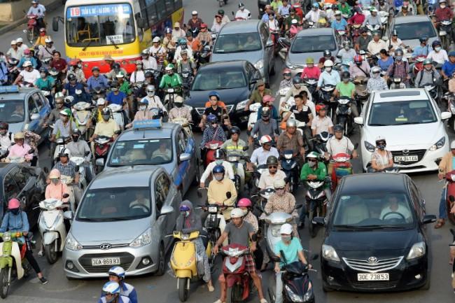 เวียดนามเซ็นบริษัทซีเมนส์ถ่ายทอดเทคโนโลยีผลิตรถโดยสารไฟฟ้า