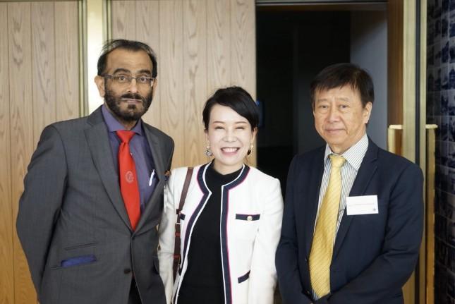 """""""หมอชลธิศ"""" ศัลยแพทย์ไทยติดท็อปประเทศ!  ถูกเชิญขึ้นเวทีประชุมที่ญี่ปุ่น เผยนวัตกรรมเฟสล็อคดึงหน้าสาวสองพันปี!!"""