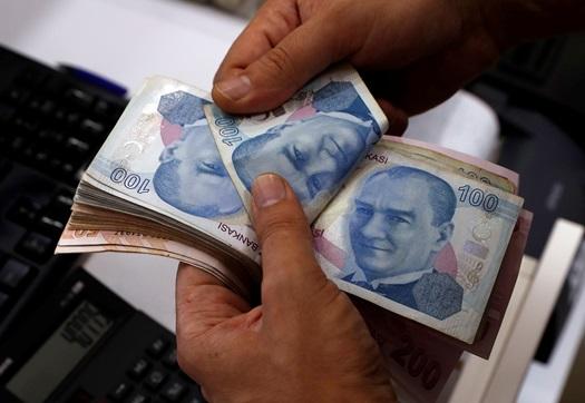 """In Clips: """"ธนาคารกลางตุรกี"""" ออกมาตรการเพิ่มสภาพคล่อง สะกัดวิกฤตค่าเงินลีราดิ่งเหวต่อเนื่อง"""