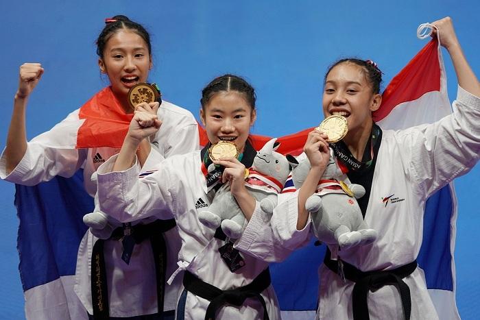เทควันโด้พุมเซ่ทีมหญิงล้มต้นตำรับ สอยทองแรกให้ไทยในศึก เอเชียน เกมส์