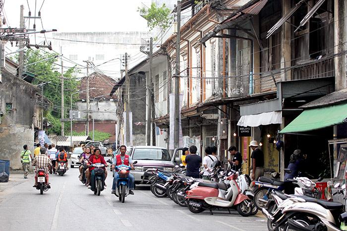 หลังซบเซาไปพักใหญ่ วันนี้ย่านเมืองเก่าปัตตานีมีความคึกคักมากขึ้น จากการร่วมมือกันของหลายภาคส่วน