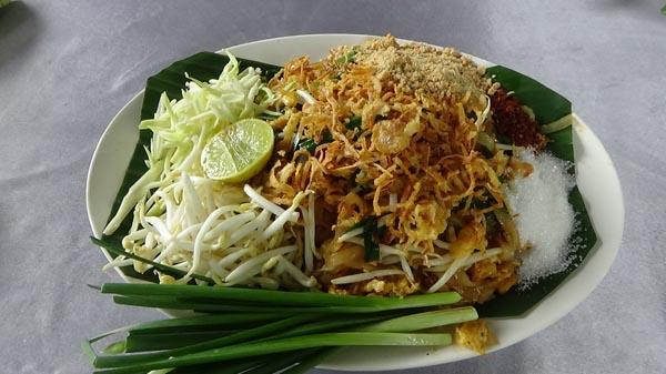 แชมป์ผัดไทย3 สมัยต่อยอดรวมกลุ่มผลิตน้ำปรุงรสผัดไทยขายสร้างรายได้ให้ชุมชน