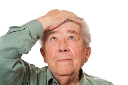 """อาการ """"อัลไซเมอร์"""" ระยะต้นยังไม่รุนแรง ปล่อยไว้นานเสี่ยงประสาทหลอน แนะวิธีชะลอโรค"""