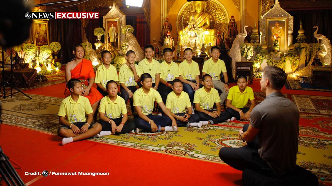 """สื่อนอกแอบอ้าง """"เดินหน้าประเทศไทย"""" ดอดสัมภาษณ์ """"ทีมหมูป่า"""" ทั้งที่รัฐขอความร่วมมือให้งด"""