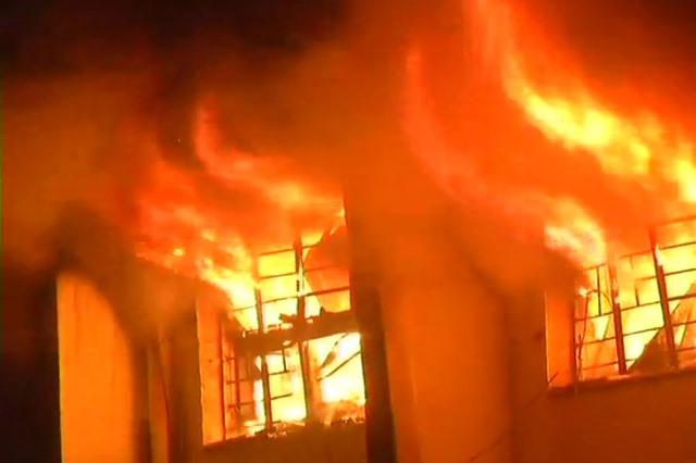 """ไฟไหม้ """"โรงแรมบ่อน้ำร้อน"""" ในเมืองฮาร์บินของจีน คร่า 19 ชีวิต"""