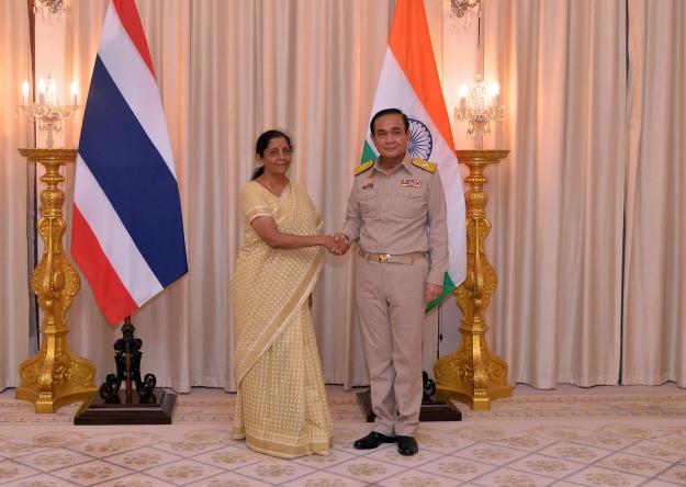 รมว.กห.อินเดีย พบ นายกฯ ชมความร่วมมือ 2 ประเทศ ด้านความมั่นคง-ต้านก่อการร้าย