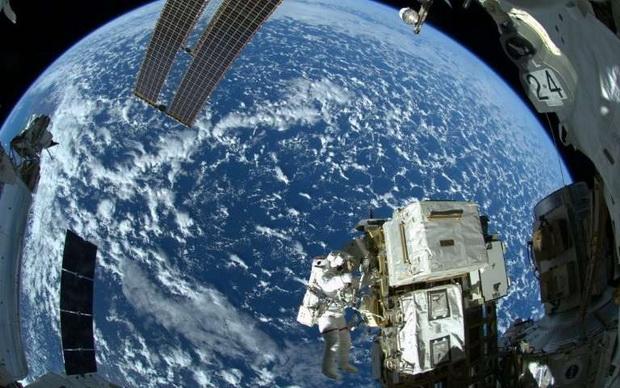 UAEมุ่งสู่เป้าหมายสร้างเมืองบนดาวอังคาร เตรียมส่งมนุษย์อวกาศชุดแรกไปนอกโลก