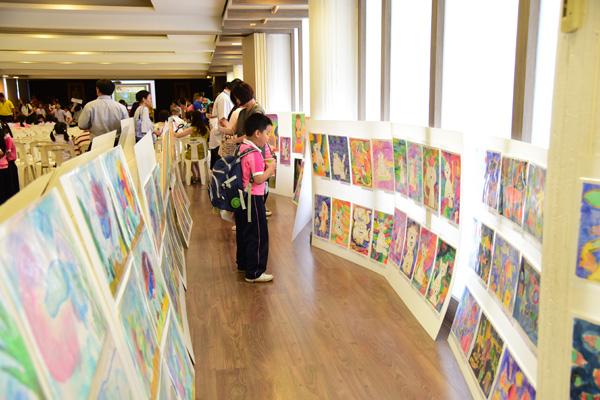 นิทรรศการแสดงผลงานนนักเรียน Art Learning