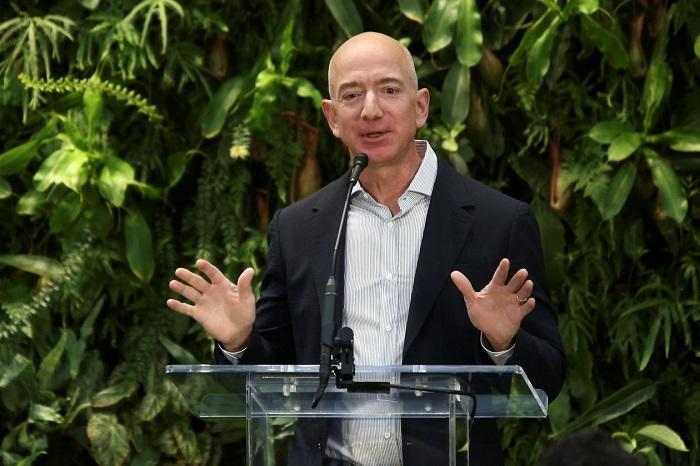 Amazon มูลค่าพุ่ง 1 ล้านล้านดอลล์ ยิ่งใหญ่ไล่ทัน Apple