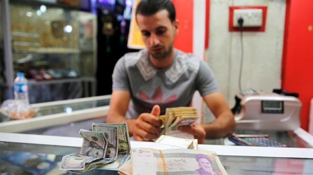 ค่าเงินอิหร่านดิ่งลงเหลือ 150,000 เรียลต่อดอลลาร์ ต่ำสุดเป็นประวัติการณ์