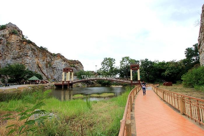 เส้นทางเดินชมวิวเชื่อมโยงกับสะพานแขวน