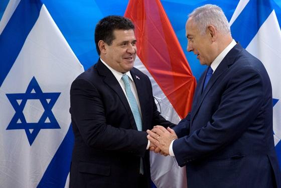 "In Clips: เปลี่ยนใจแล้ว ""ปธ.ปารากวัยคนใหม่"" ย้ายสถานทูตจาก ""เยรูซาเลม"" กลับเทลอาวีฟ – เนทันยาฮูเดือดจัด!! สั่งปิดสถานทูตยิวทันที"