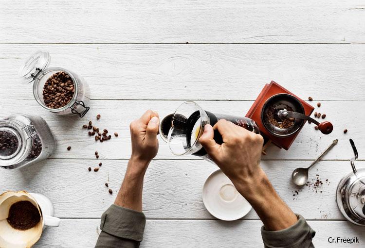 ไข 6 ข้อสงสัย กับประโยชน์ – โทษ ที่คอกาแฟควรรู้