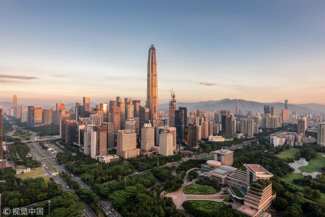 อันดับ 1 อาคารผิงอัน ไฟแนนซ์ เซ็นเตอร์ (Ping An Finance Center), เซินเจิ้น ประเทศจีน สูง 599 เมตร