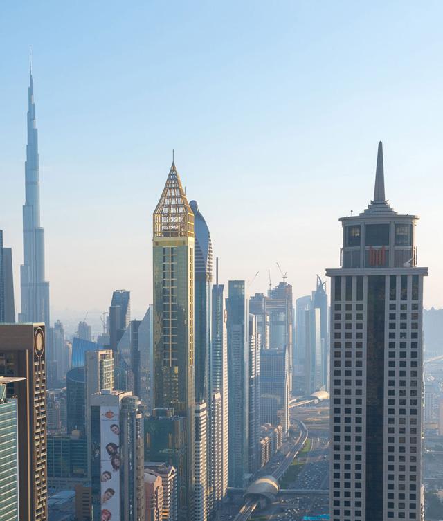 อันดับ 5 อาคารอาห์เหม็ด อับดุล ราฮิม อัล อัตตารร์ ทาวเวอร์ (Ahmed Abdul Rahim Al Attar Tower), ดูไบ ประเทศสหรัฐอาหรับเอมิเรตส์ สูง 342 เมตร