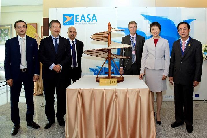 """อุตฯการบินอาเซียนโตต่อเนื่อง """"อียู""""เจรจาเปิดตลาดการบินร่วม"""