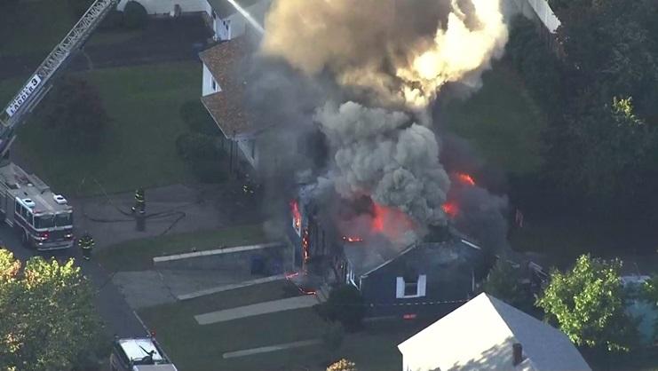 In Pics&Clip: เกิดแก๊สระเบิดใกล้บอสตัน บ้านอย่างน้อย 39 หลังวอดคากองเพลิง บาดเจ็บไม่ต่ำกว่า 10 สั่งอพยพมหาศาล