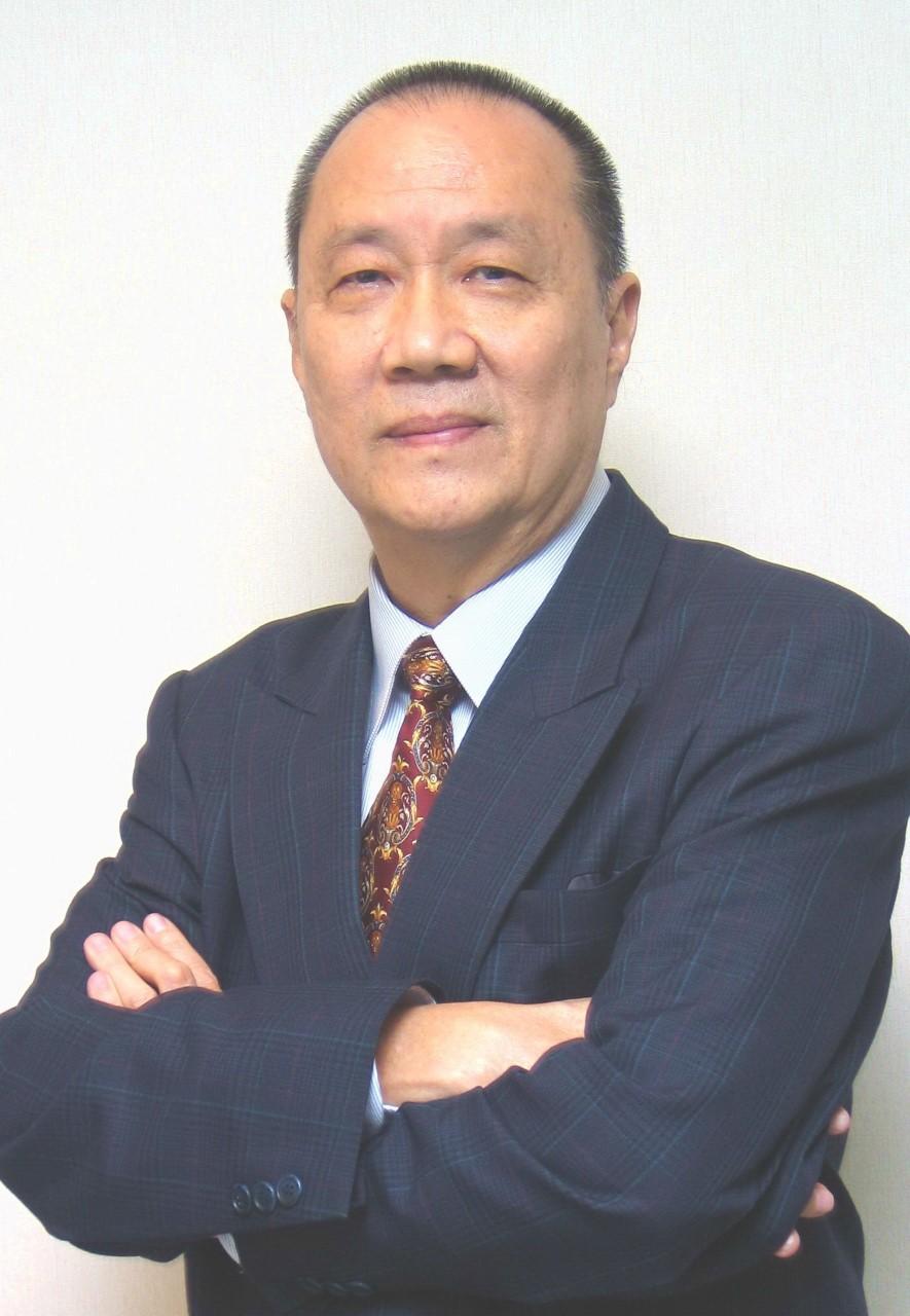 นายยุทธ ชินสุภัคกุล ประธานกรรมการ บริษัท โรงพิมพ์ตะวันออก จำกัด (มหาชน) (EPCO)