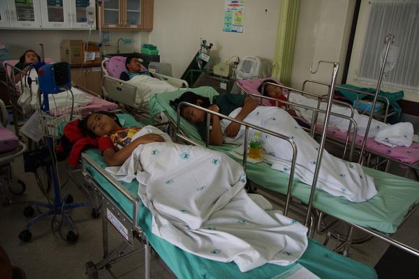 (แฟ้มภาพ) นักเรียน 48 คนโรงเรียนโคกแปะเกิดท้องเสียพร้อม ถูกส่งรักษาตัวที่โรงพยาบาล