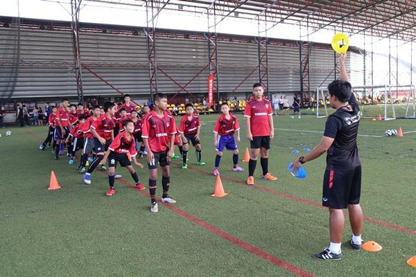โตชิบา จับมือ เอสซีจี เมืองทอง ยูไนเต็ด จัดโตชิบา ฟุตบอลคลีนิค ครั้งที่ 6