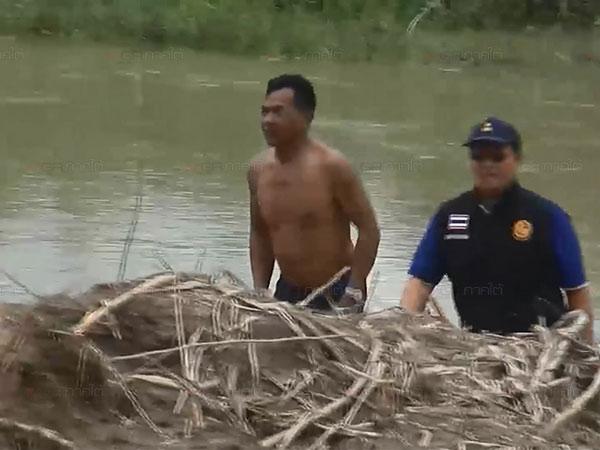 ทหาร-ฝ่ายปกครองรัตภูมิบุกจับบ่อดูดทรายเถื่อน 2 แห่ง คนงานหนีกระเจิงจับได้ 6 คน