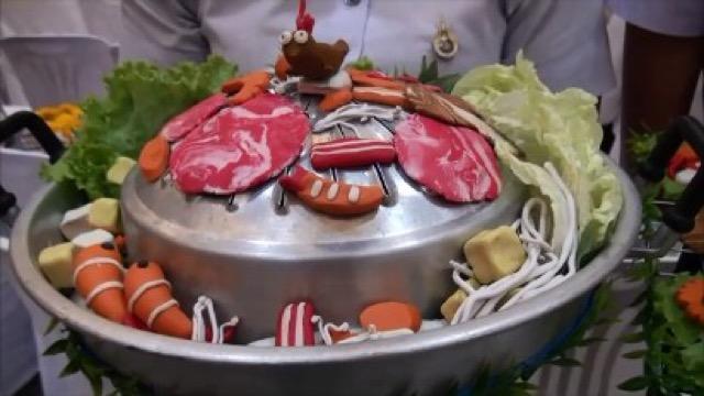 ฮือฮา! พานไหว้ครูใช้หมูกระทะ  น้ำพริกปลาทูของ ม. เทคโนโลยี ราชมงคลสุวรรณภูมิ