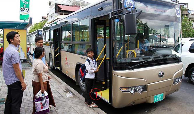 รถเมล์พนมเปญ ขสมพ.หรูไม่แพ้ใคร ทั้งเมด อิน ไชน่า, เมด อิน แจแปน