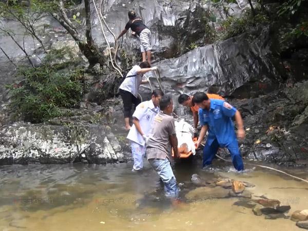 พบพิรุธ! สาวจีนตายน้ำตกโตนงาช้างอาจถูกฆาตกรรม ตร.เชิญเพื่อนชายสอบแต่ยังปากแข็ง