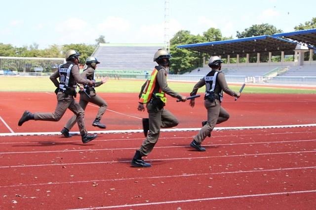ชื่นมื่น! ตำรวจลพบุรีจัดแข่งกีฬา บรรยากาศสุดเฮฮา