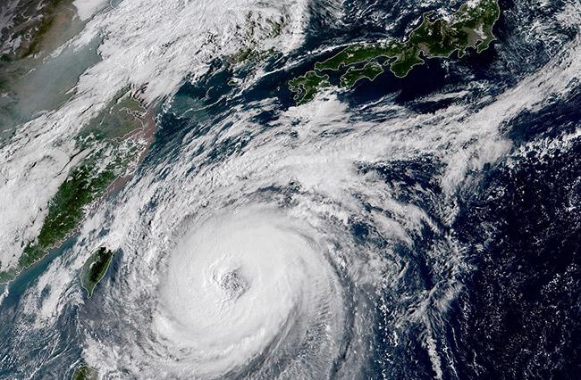 """สถานทูตโตเกียวเตือนคนไทยในญี่ปุ่น ระวังผลกระทบจาก """"ไต้ฝุ่นจ่ามี"""""""