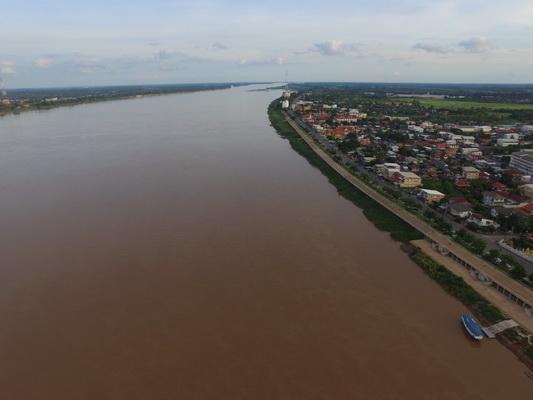 น้ำท่วมนานกว่า2เดือนพื้นที่เกษตรนครพนมเสียหายกว่า3แสนไร่